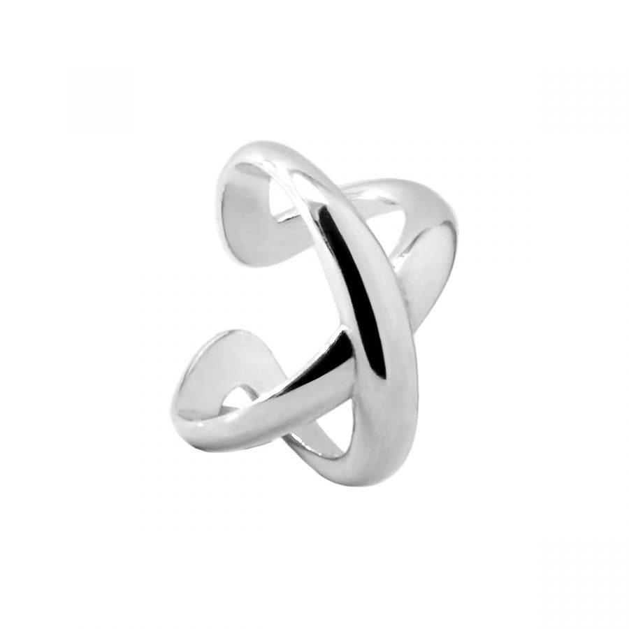 anillo de plata cruzado