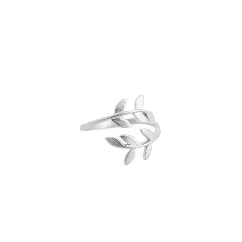 comprar anillo hojas plateado