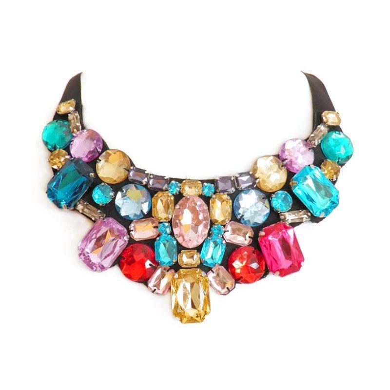 comprar collar con pedrería multicolor