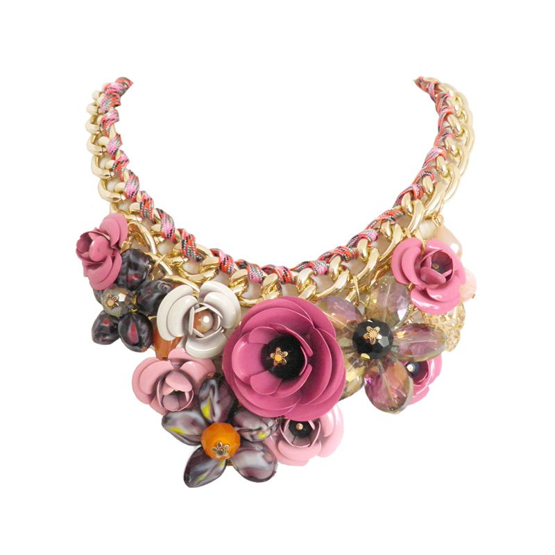 dónde comprar collar de flores y eslabones rosa