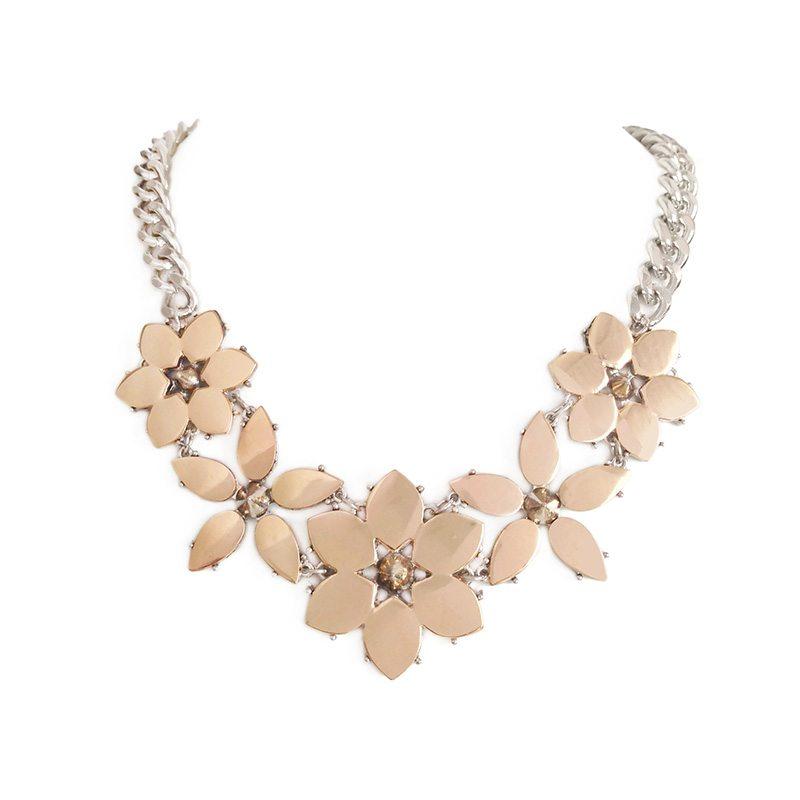 imagen de collar flores de metal