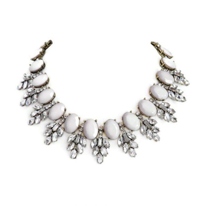 dónde comprar collar gris con cristales