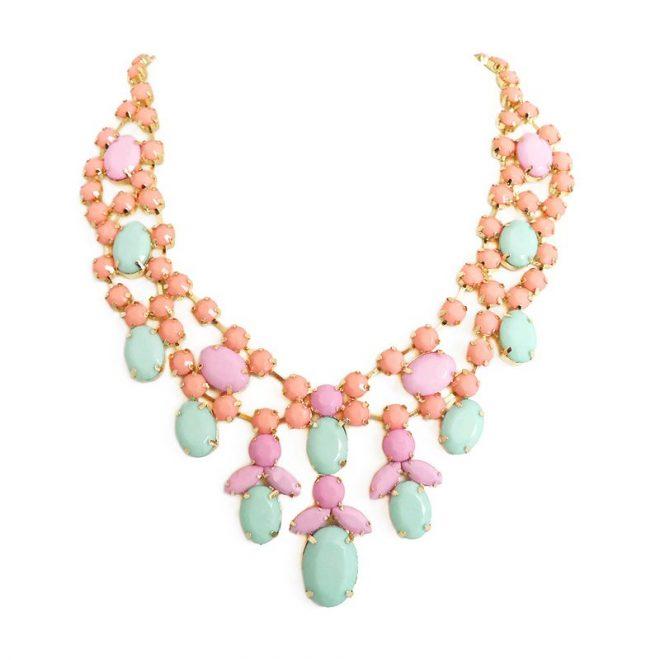 comprar online collar de piedras pastel