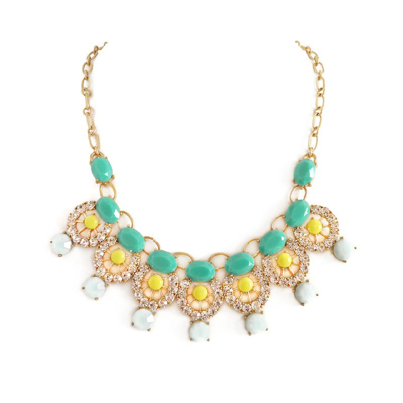 imagen de collar cristales verde amarillo