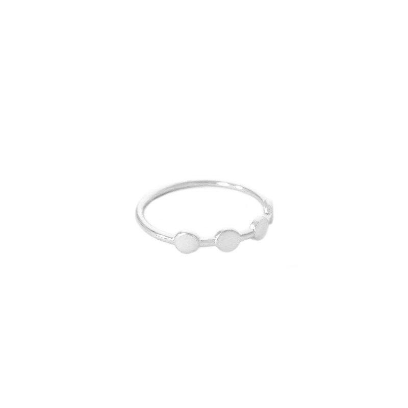 anillo circulos plata