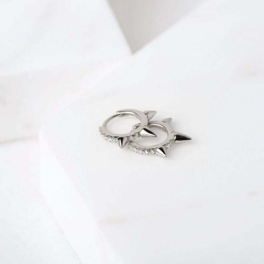 Aritos de plata con pinchos