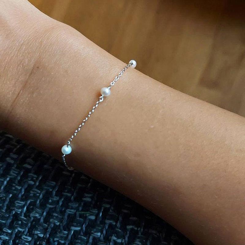 Pulsera de plata con perlas naturales