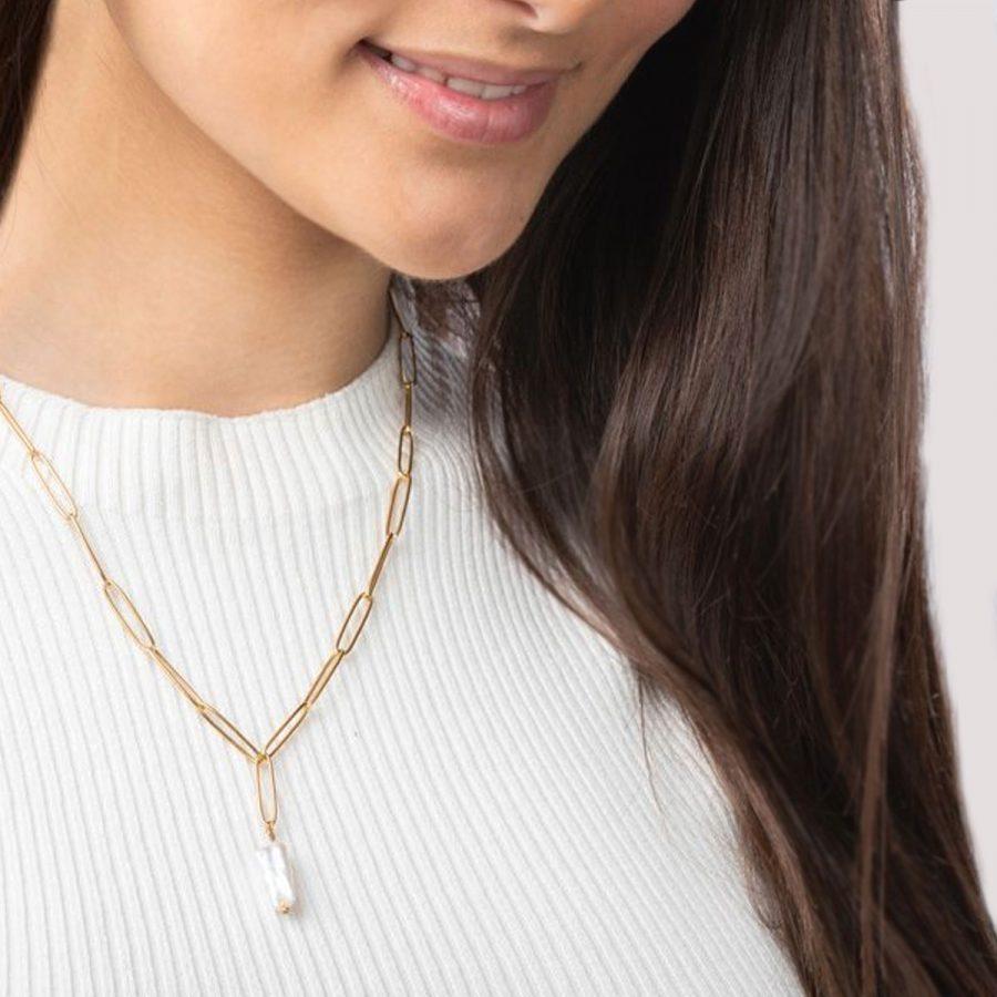 Cadena de eslabones con perla