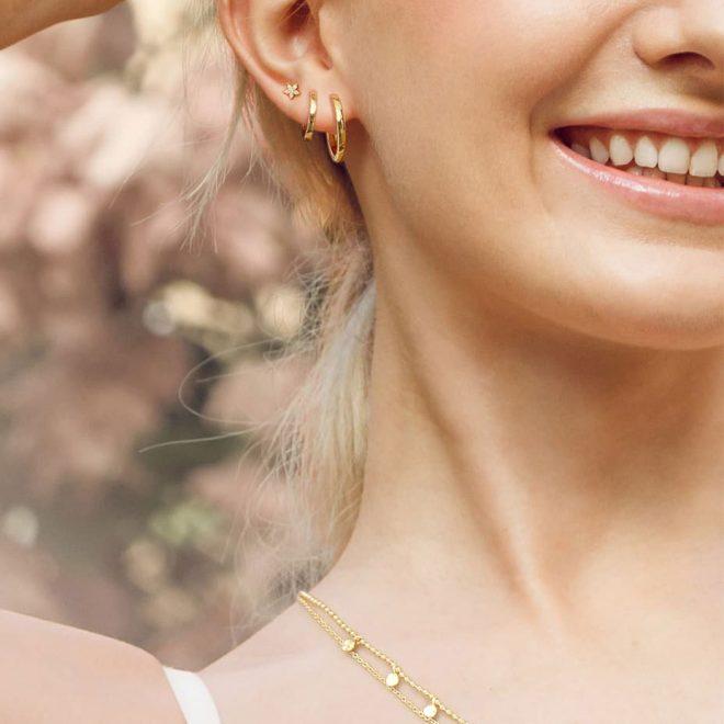 Aros dorados para chica
