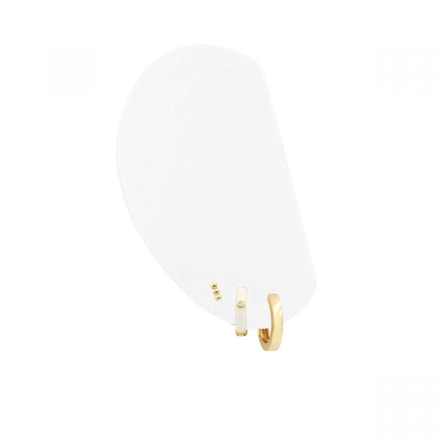 Set de aros dorados y blancos