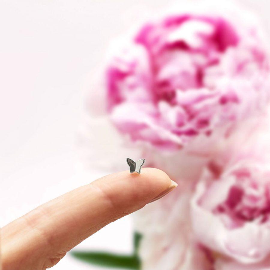mini pendientes mariposa plata