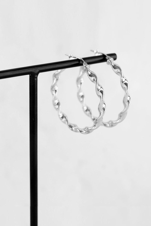 Aros twist de estilo boho en plata