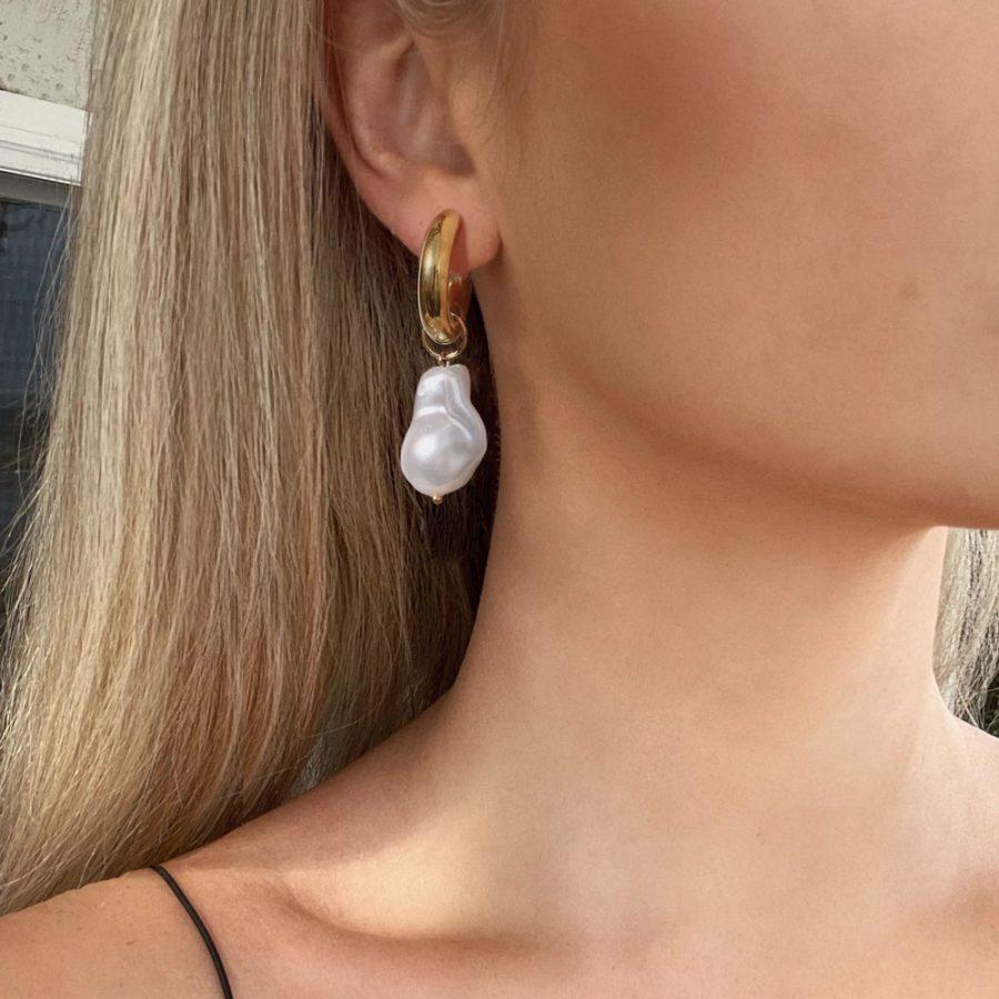 pendientes de aro con perla blanca