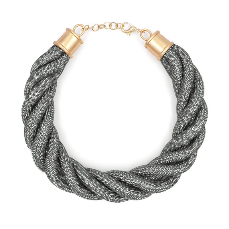 Gargantilla cuerda