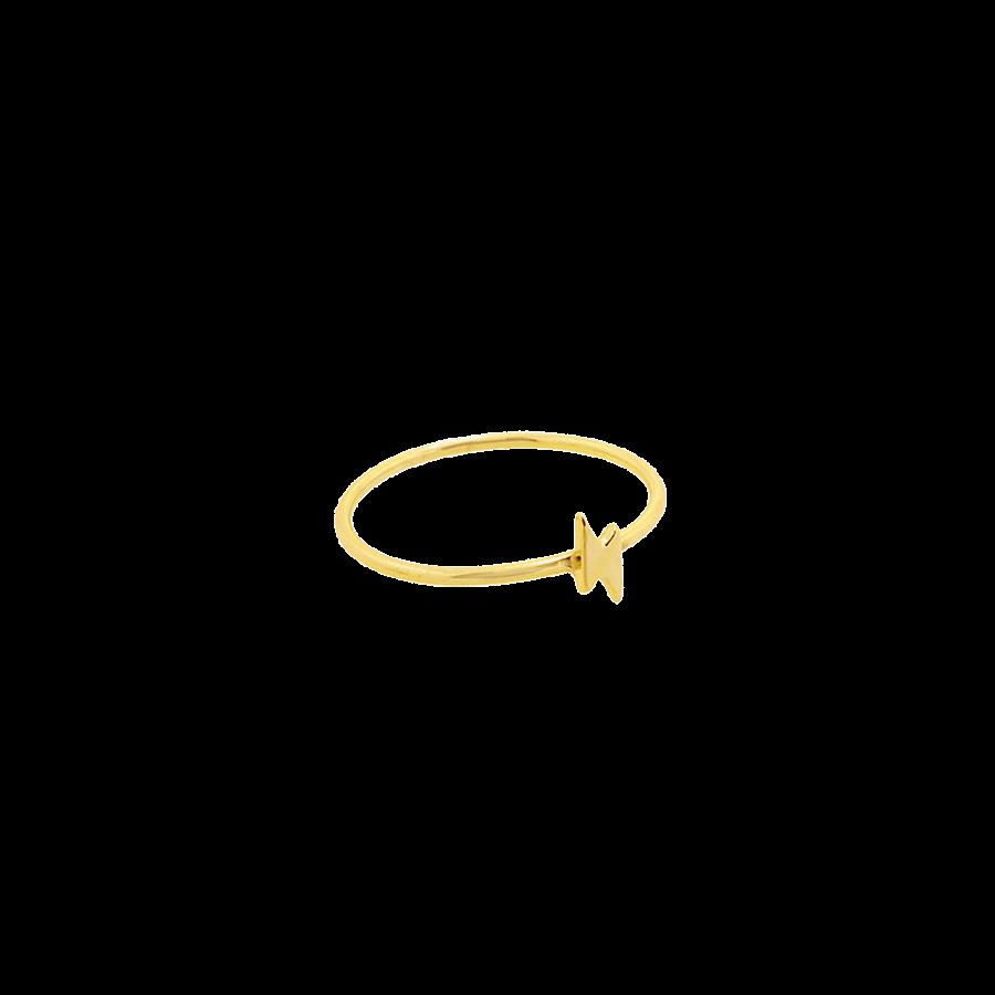 Sortija de plata bañada en oro con diseño finito y rayo