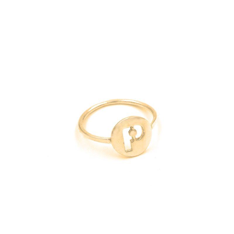 anillo incial en oro