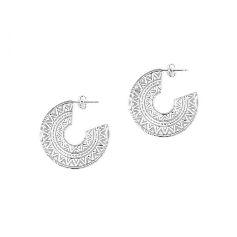 Pendientes de aro ancho con diseño tribal texturizado en plata