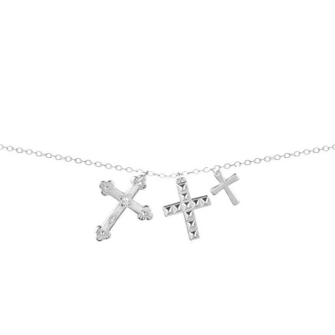 collar con colgante de tres cruces en plata de ley