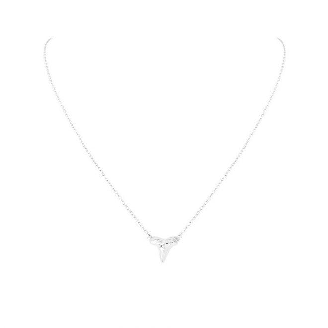 colgante collar sharknado plata
