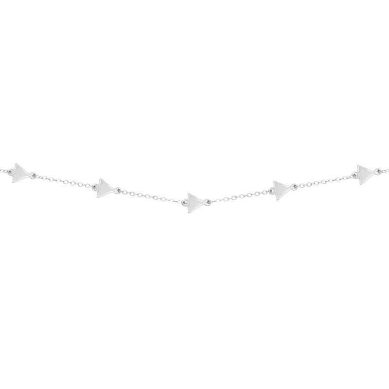Cadena decorada con triángulos de pequeño tamaño en plata de ley