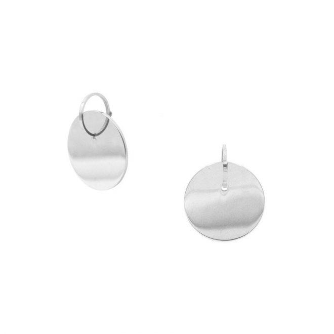 pendientes chapa plata de estilo geométrico y minimalista