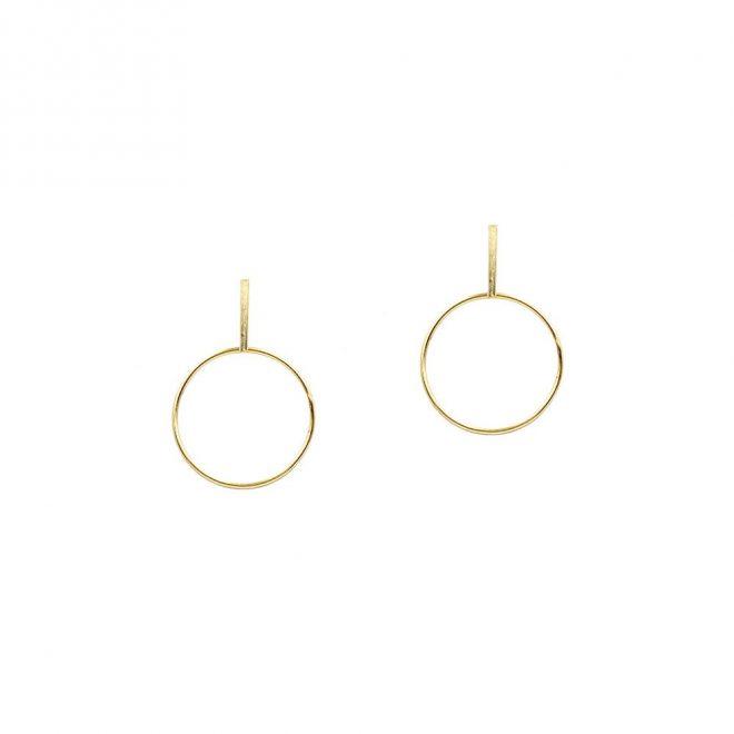 Aros geométricos con diseño minimalista de alta bisutería