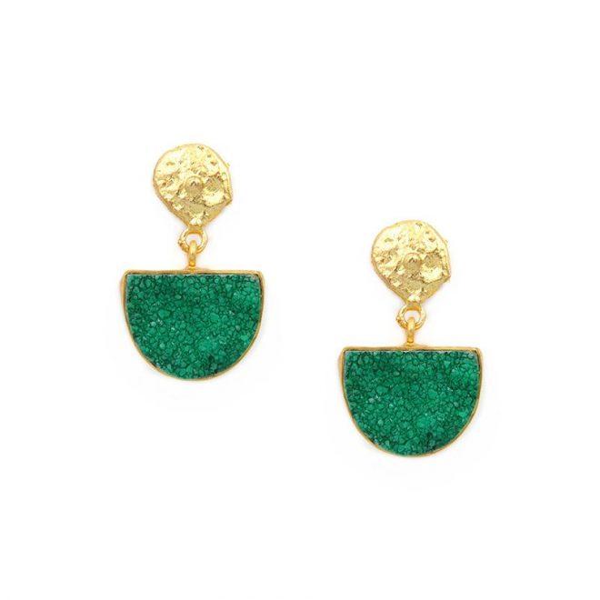 Pendientes piedras verde intenso para invitadas de boda
